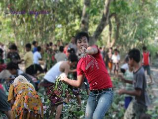 Wisata Budaya nyadran lempar nasi desa Plang Lor Ngawi