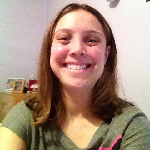 Emily Kaplan Photo 32