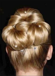 Hairstyles Buns - Celebrity hairstyle Ideas for Girls