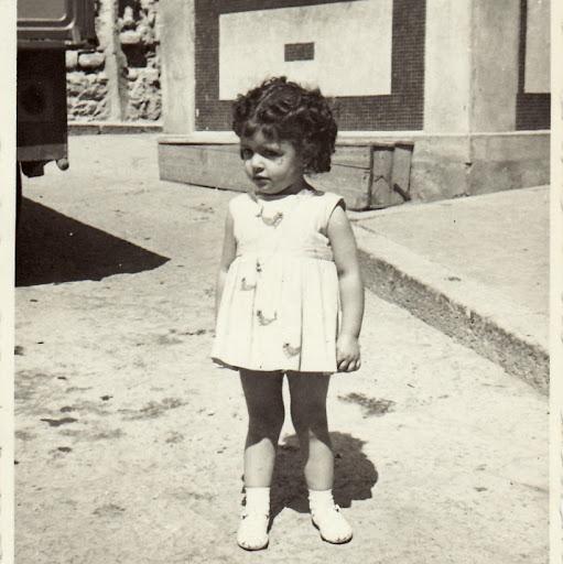 Carmen Basile Photo 5