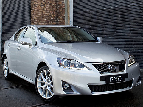 Motor Trend: 2011 LEXUS IS 350