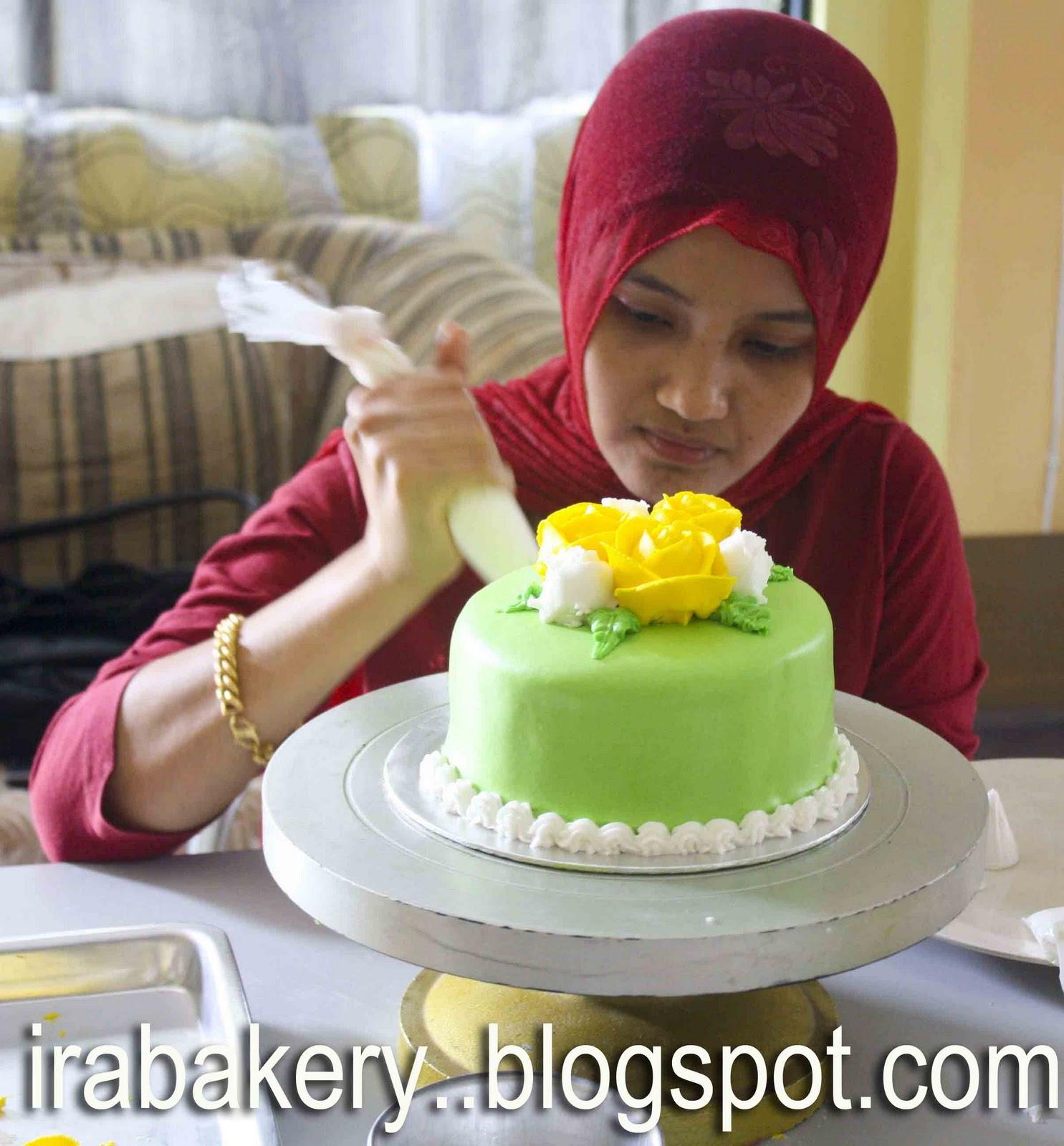 Wedding Cake Classes: Deco Cakes, Cupcakes, Cheese Cake & Kek Lapis Sarawak In
