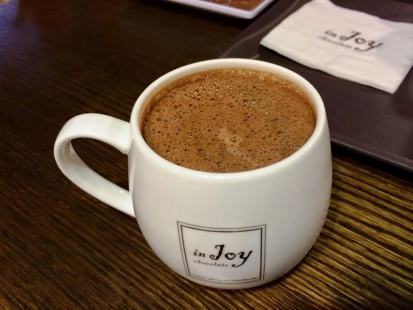 台北美食推薦-來杯香濃醇厚的熱巧克力【in Joy巧克力館 (敦南店)】