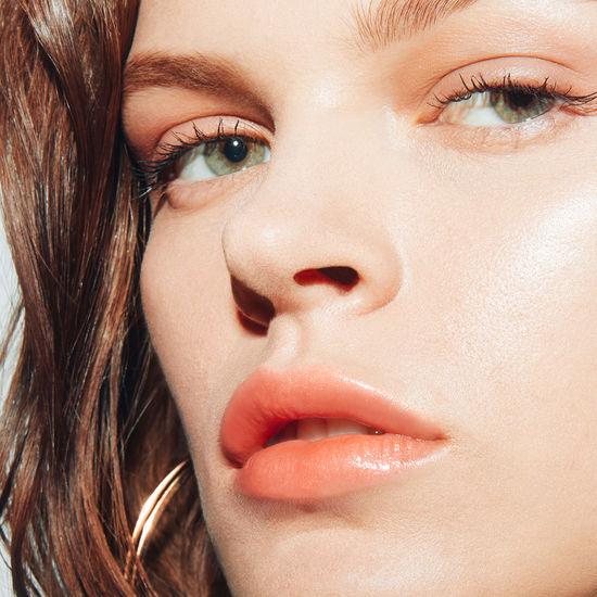 son dưỡng Marc Jacobs Enamored Hydrating Lip Gloss Stick