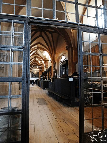 biserica neagra brasov interior