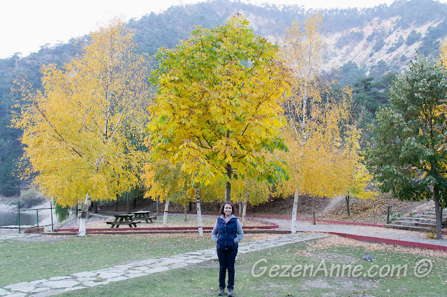 Sonbaharın renkleriyle Bolu Sünnet Gölü'nde