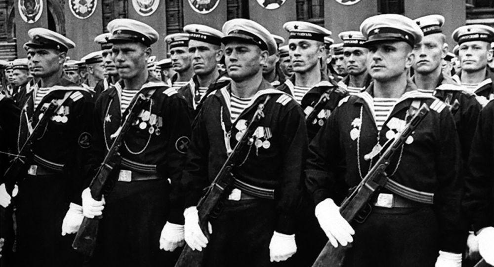 مورخ: بریتانیایی ها در سال 1945 هزاران زندانی شوروی را کشتند