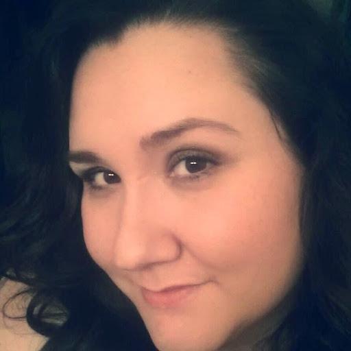 Stefanie Battle Photo 1