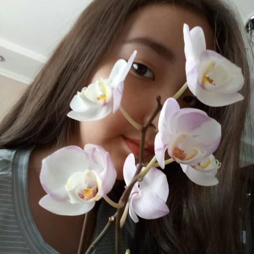 Madina Yus picture