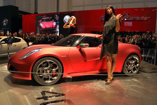 Alfa_Romeo-4C_Concept_2011_03_1280x853