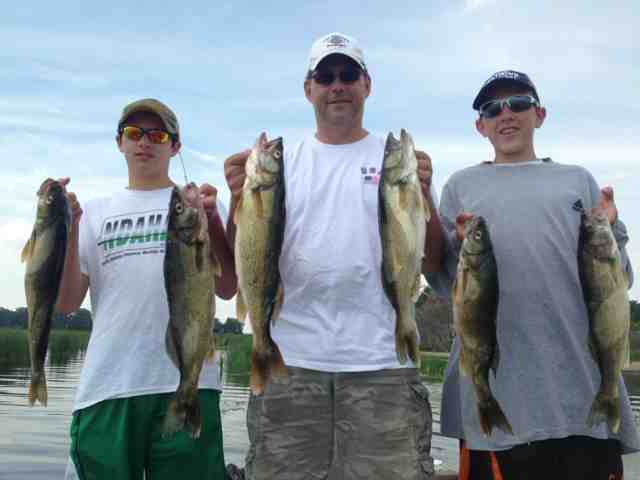 Bry 39 s guide service devils lake fishing report for Devils lake nd fishing report