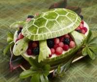 تحويل الفاكهة إلى تحف فنية
