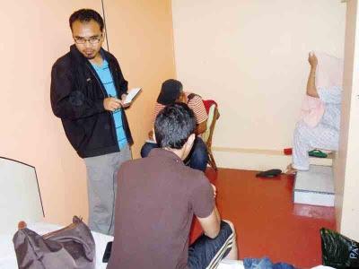 'Kantoi', pasangan mengeluh ketika ditahan Jaip