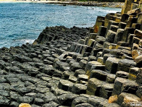 Ghềnh đá dĩa ở Phú Yên