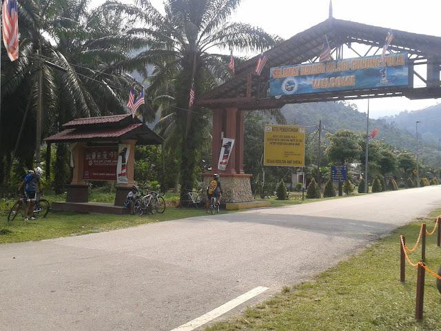 Ride to Gunung Pulai 2011-09-24%25252010.13.43