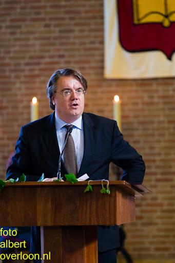 herdenkingsdienst  en een stille tocht naar het Engelse kerkhof 12-10-2014 (38).jpg