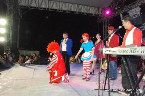 Presentaron espectáculo de Mario Bezares en la Feria