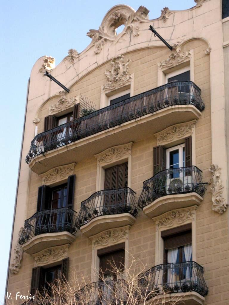 Casa francesc paix ii barcelona modernista - Casa modernista barcelona ...