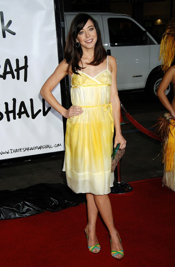 Alyson Hannigan – Premiere of Forgetting Sarah Marshall:celebrities0