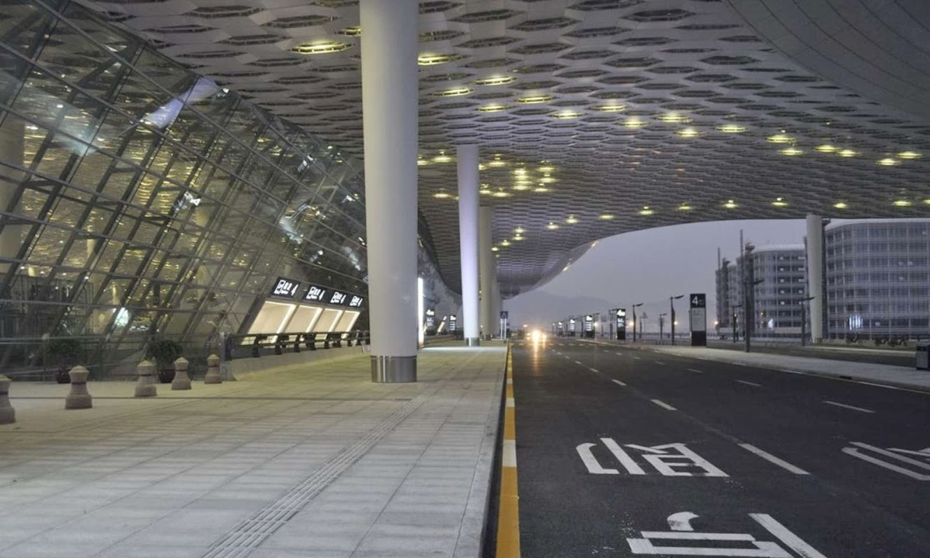 06-Fuksas-completes-Terminal-3-at-Shenzhen-Bao'an-International-Airport