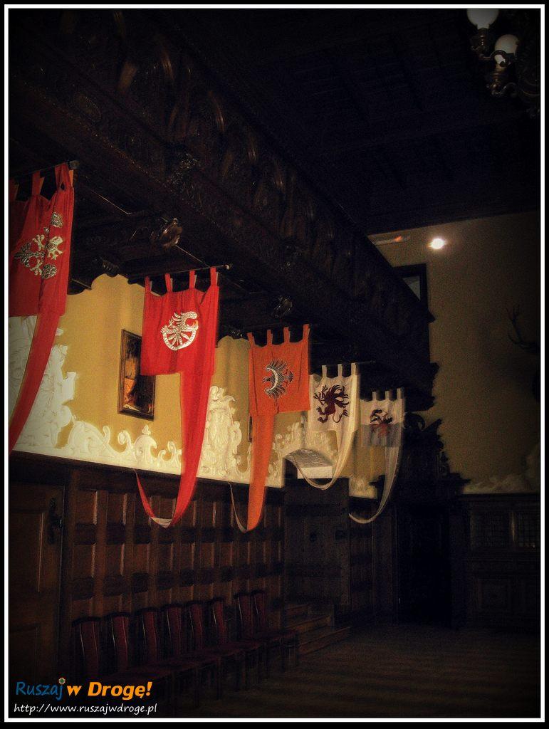 zamek czocha - flagi rodów