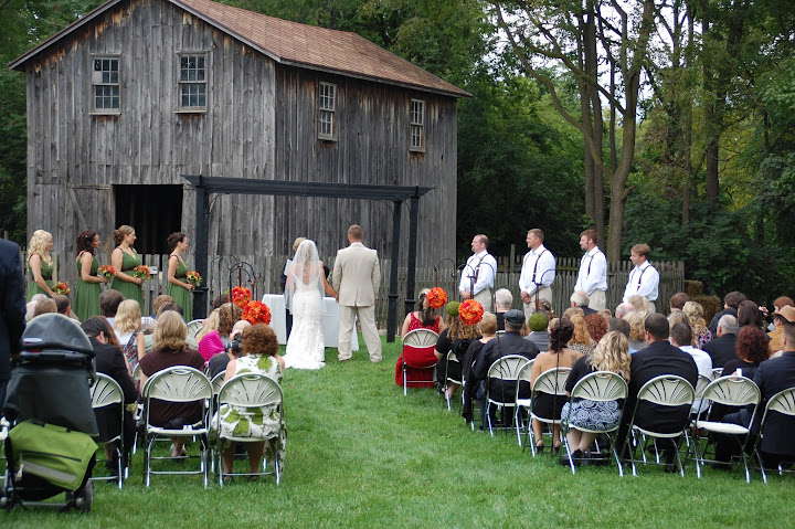 Cobblestone Farm Wedding Ceremony By A Barn In Ann Arbor Mi