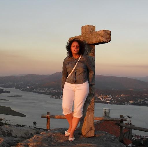 Isabel Valero