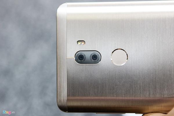 Đập hộp Xiaomi Mi 5s Plus giá hơn 10 triệu đồng - 144817
