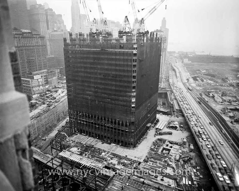 Фото строительства Всемирного торгового центра