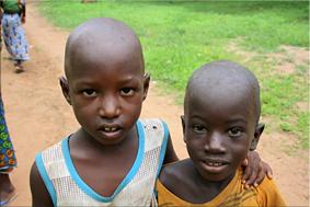 Niños del poblado - Bosque de baobabs
