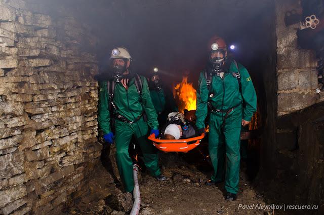 Горноспасатели в шахте