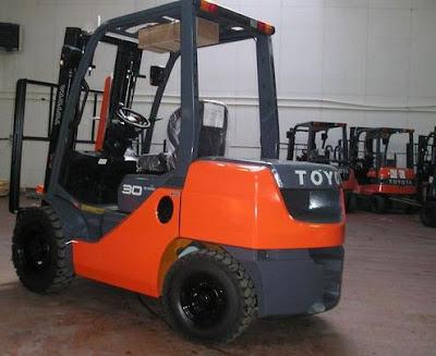 Xe nâng 3 tấn Toyota Nhật Bản 0934172768