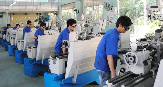 Đơn hàng dập kim loại cần 9 nam làm việc tại Tochigi Nhật Bản tháng 05/2017