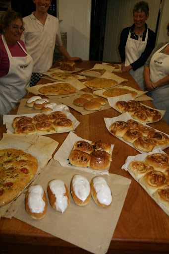 Course attendees with their bread baked that day