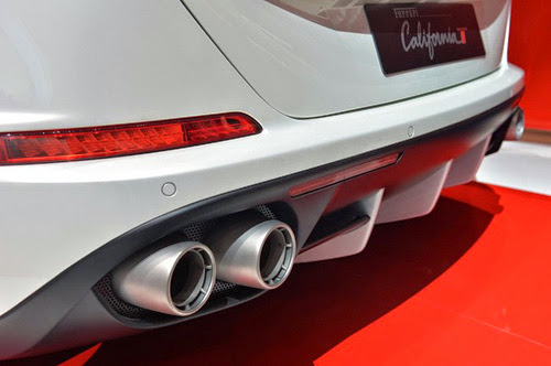 Ferrari California T: Siêu xe rẻ nhất trình làng - 11