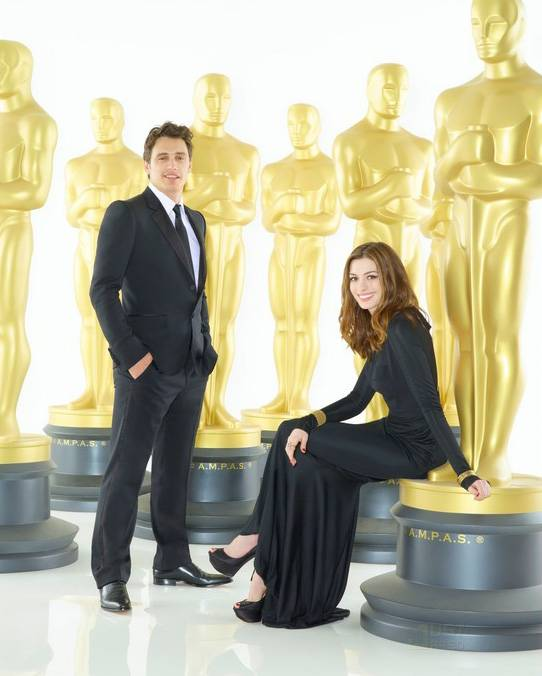 Anne Hathaway James Franco: Meus Amigos: And Oscar Goes To... 2011