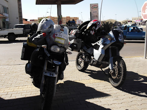 Marrocos e Mauritãnia a Queimar Pneu e Gasolina - Página 9 DSCF1006