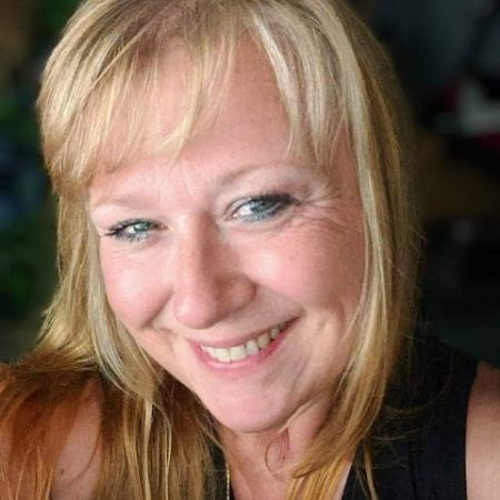 Profile picture of Bobbi Smith