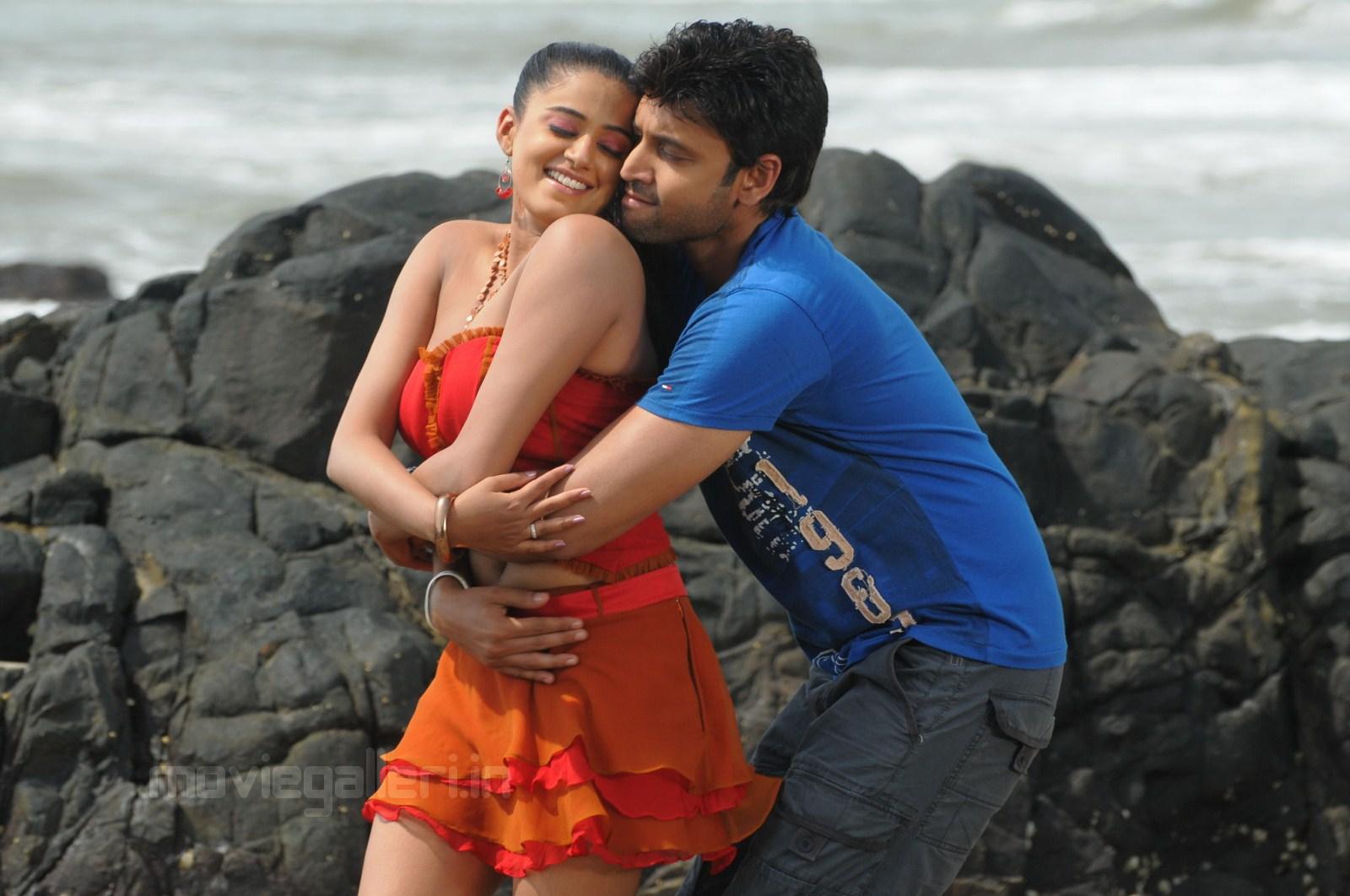 Priyamani Sumanth Hot In Beach Raaj Movie Wallpapers
