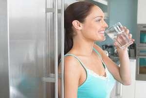 FOTO WANITA CANTIK OLAH RAGA Air Putih Cukup Ginjal Sehat