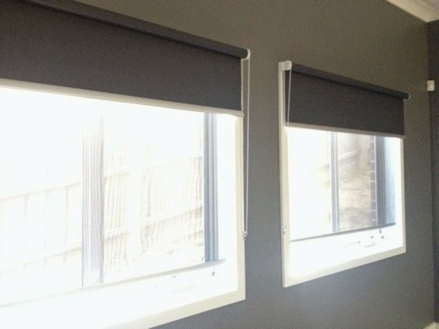how to join two roller blinds