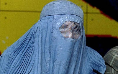 Turquia: 187.000 mulheres dividem o marido com outra esposa