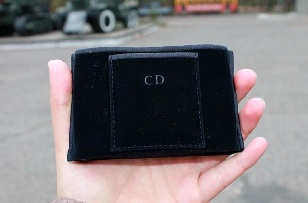 Dior - Diorskin Nude Powder Compact - чехол