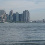 A bit zoomed in to see the Brooklyn Bridge.