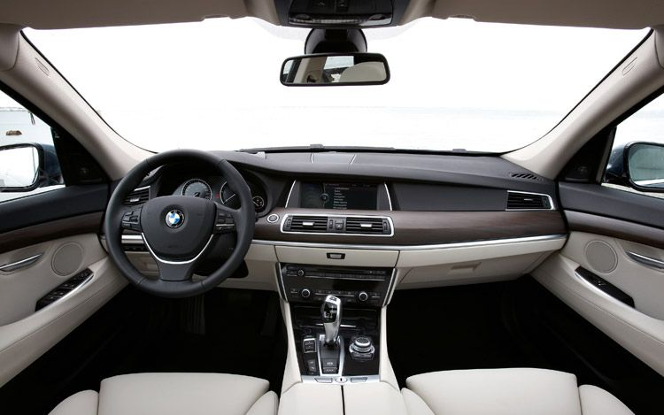 Licence To Speed For Malaysian Automotive Car Review BMW - 2010 bmw 525i