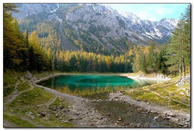 Зимой парк, летом озеро