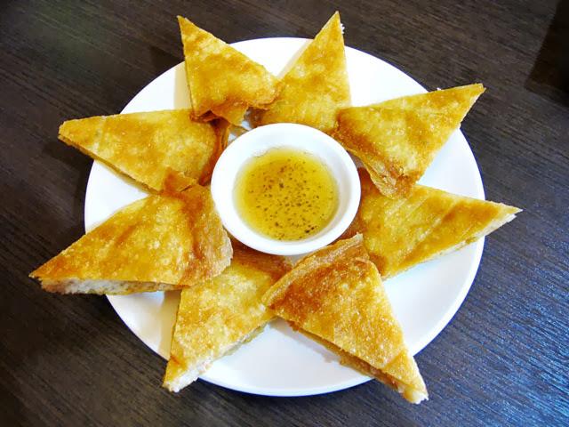 月亮蝦餅-二分之一泰式小館,台中泰式料理餐廳