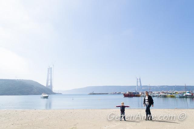 sahilde oğlum oynarken, Poyrazköy