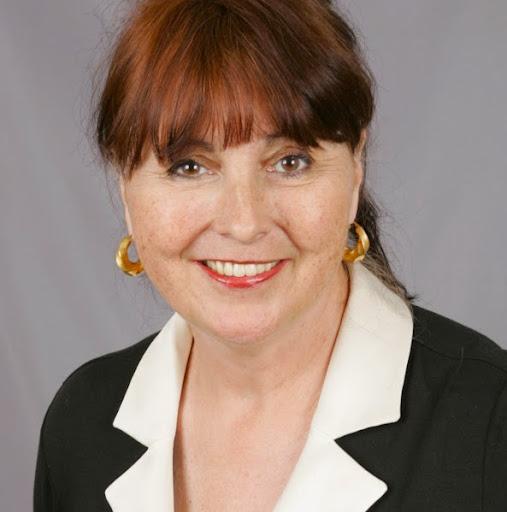 Eileen Strong
