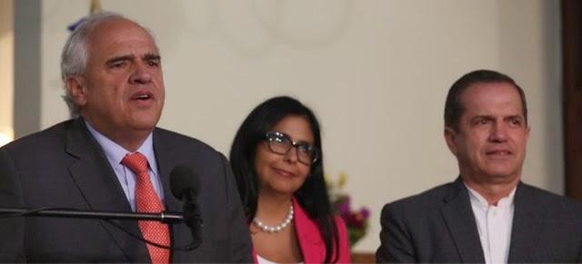 """La """"imparcialidad"""" de unasur busca atrincherar a Maduro"""